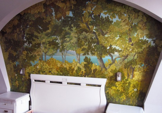 роспись в спальне